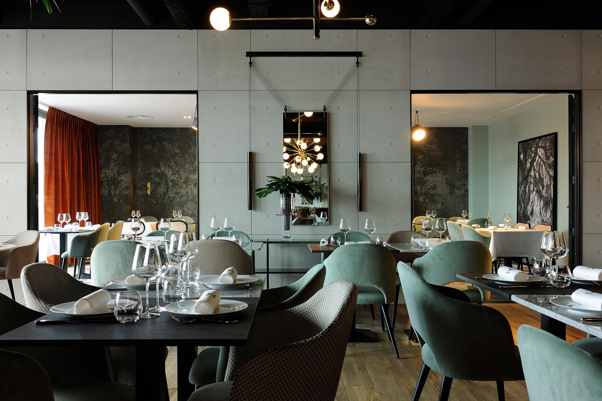 Restaurant - La Forêt Noire | Claude Cartier Décoration