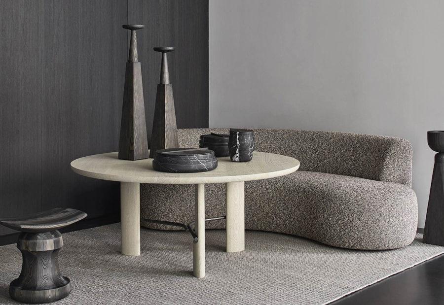 Collection Claude Cartier décoration architecte d'intérieur à Lyon. Table de repas HUB Collection Particulière