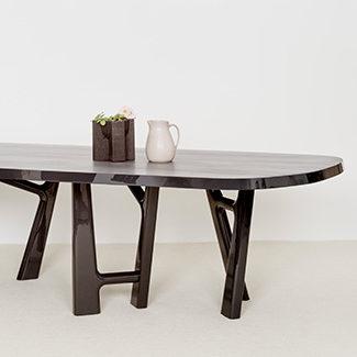 Collection Claude Cartier décoration architecte d'intérieur à Lyon. Table de repas YBU Christophe Delcourt